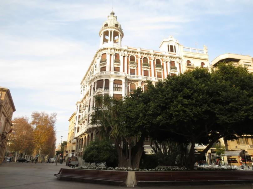 la-plaza-urbana-de-murcia-mas-frecuentada-23ca89d0f3613439f5ba94856d40cc02.jpg